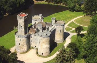 Montbrun-Castle-1
